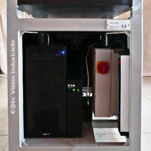 Profilomètre 3D : Informatique et boitier electrique intégré